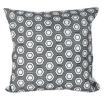 coussin 40 x 40 cm grafic noir blanc boutique baia. Black Bedroom Furniture Sets. Home Design Ideas