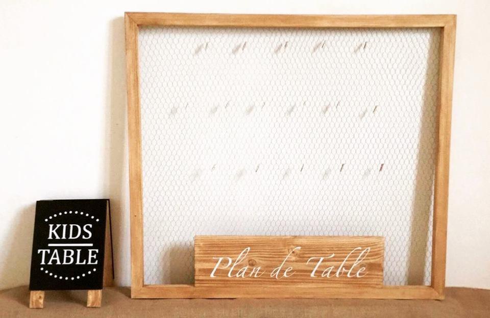 plan de table mariage cadre grillage de poule champ tre boh me chic. Black Bedroom Furniture Sets. Home Design Ideas
